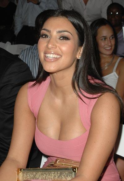 Kim Kardashian Open Boob Sweet Smile Picture