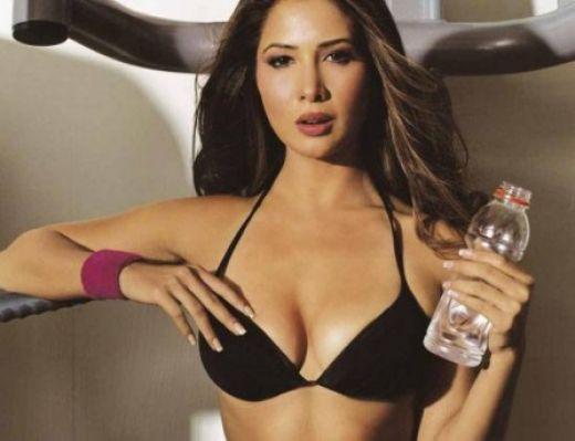 Kim Sharma Sexy Cleavage Hot Photo Shoot