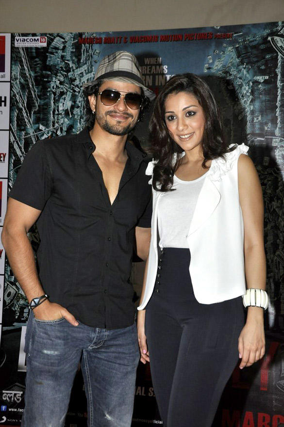 Kunal Khemu,Mia Uyeda Poses To Photo Shoot at R City Mall
