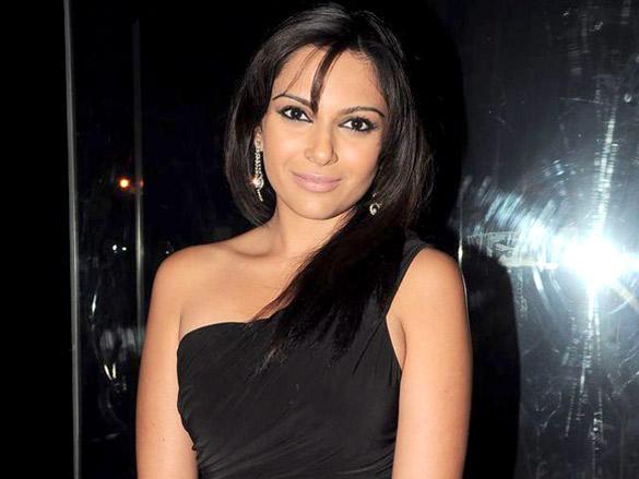Mrinalini Sharma at Launch of Mid-Day Mumbai Anthem