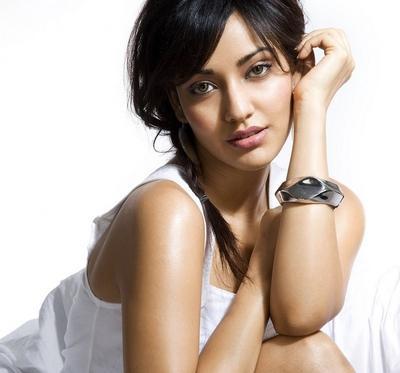 Neha Sharma Awesome Romantic Face Still