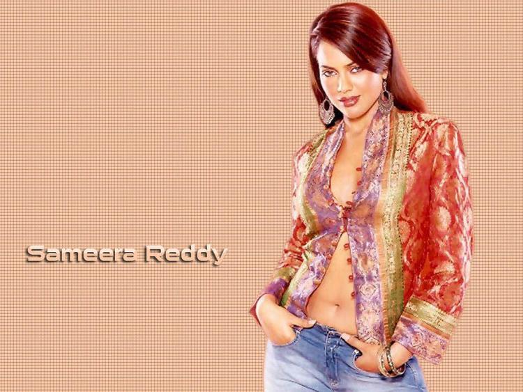 Sameera Reddy Opening Dress Red Hair Wallpaper