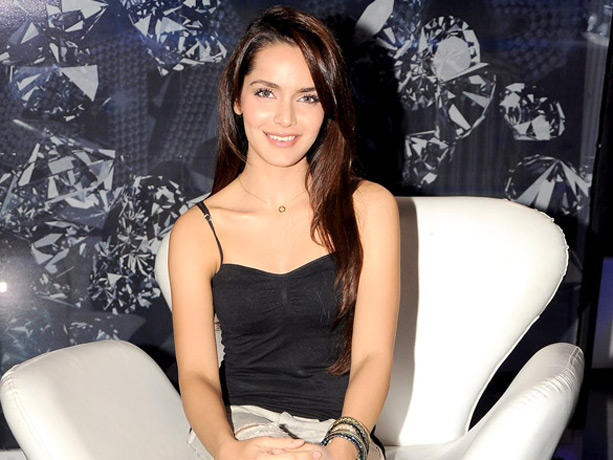 Shazahn Padamsee Gorgeous Beauty Still