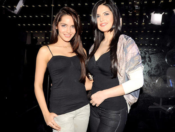 Shazahn Padamsee and Zarine Khan Promote Housefull 2
