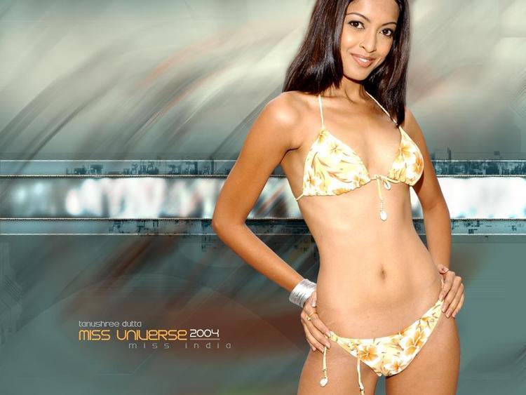 Tanushree Dutta Bikini Dress Glamour Wallpaper