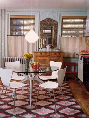 simple cream-colored caf� curtains