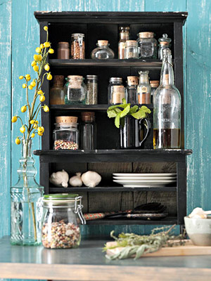 doll cabinet-spice rack