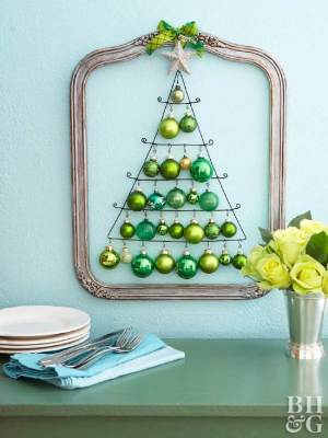 Wire Christmas Tree Wall Decoration