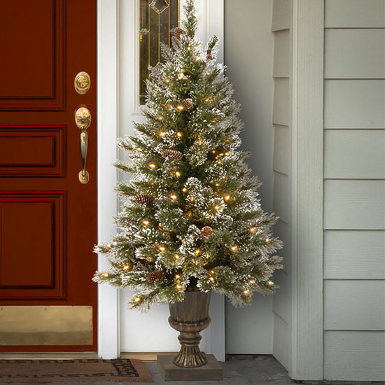 Pretty As A Present Outdoor Christmas Decorations For Festive Home