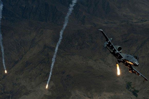 a-10-thunderbolt-ii_002
