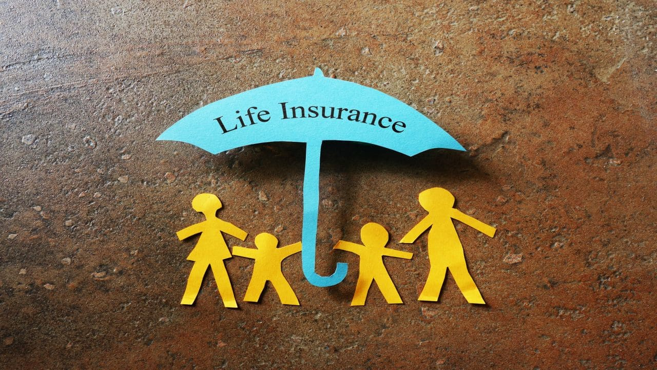 HDFC Life Insurance | CMP: Rs 678.60 | Share price fell over 3 percent despite company posted a 2.3 percent year-on-year (YoY) rise in its March quarter consolidated net profit at Rs 319.06 crore. During the quarter, the life insurer collected new premiums of Rs 434.47 crore as against Rs 298.40 crore in the year-ago period.