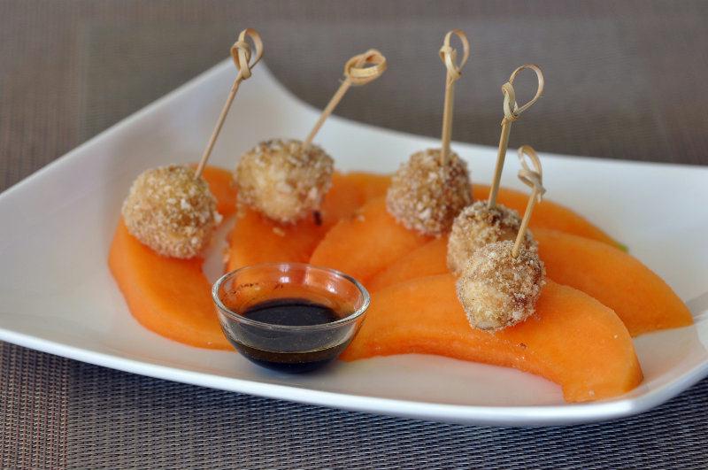 Minibrochettes de Melon-Mozzarella