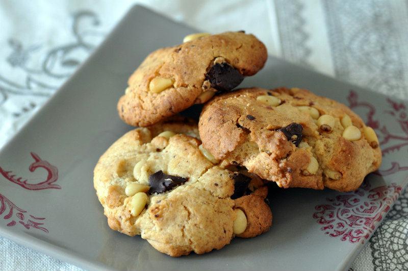 Cookies chocolat et pignons de pin