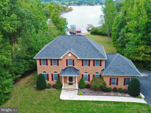 Property for sale at 329 Busbees Point Rd, Bumpass,  VA 23024