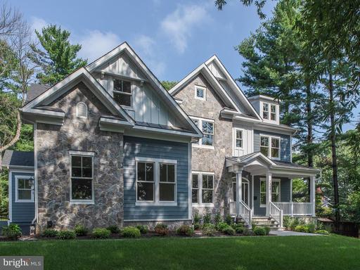 Property for sale at 2408 Chestnut St, Falls Church,  VA 22043