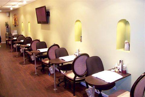 Chicago Based Pure Rain Nail Spa S Success Is A Result Of Owner Ulzii Tsogtbaatar Experience In Business Management And Years Being Tech