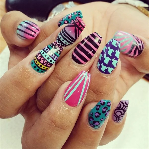 65 Easy And Simple Nail Art Designs For Beginners To Do At Home