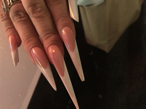 Sure Enough I Found The Elusive Chrome Mirror Nails From Nature Nail Decoration Inc That Ve Been Looking For Let S Begin