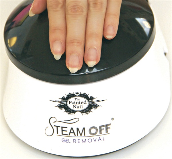 It S Time To Ditch Remover Foil Wraps And Opt For An Alternative The Soak Off Process Steam From Painted Nail Warms Up Acetone Based Removal