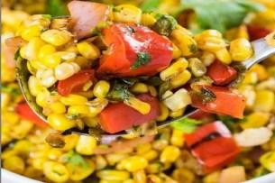 Corn Salad Recipe: 5 मिनट में तैयार करें कॉर्न सलाद, बारिश में चटपटा होगा मन