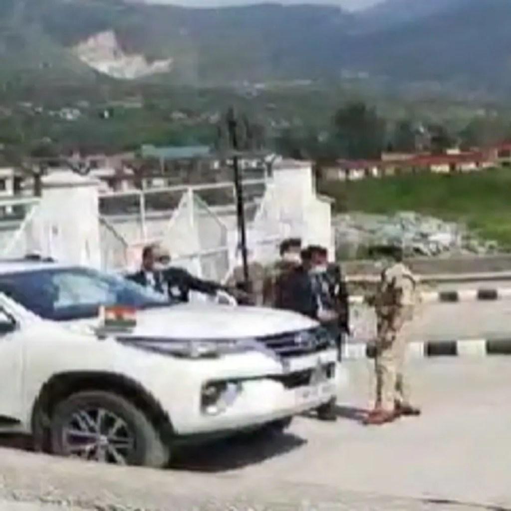 हिमाचल में पुलिस अधिकारियों में भिड़ंतः अब SP कुल्लू और CM सिक्योरिटी इंचार्ज को छुट्टी पर भेजा