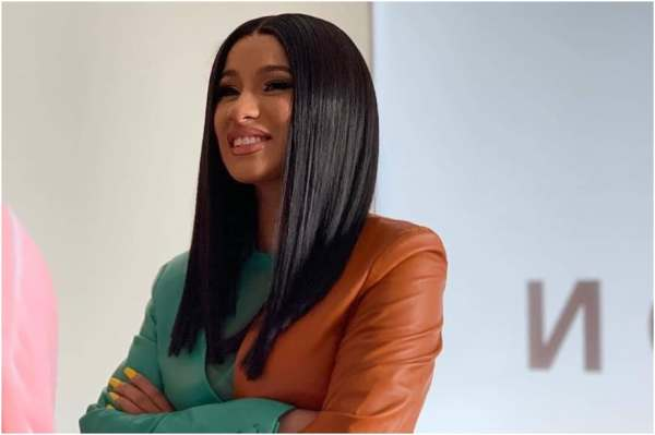 Fans Want Cardi B to Cheat On Offset With Bodyguard