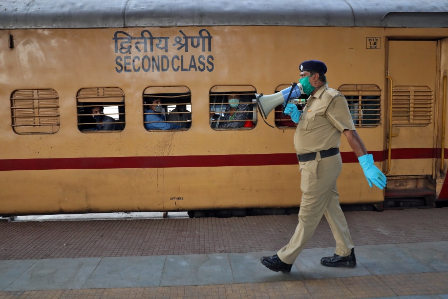 Photo of Death in 'Shramik' trains caused by famine, a politicized problem: BJP