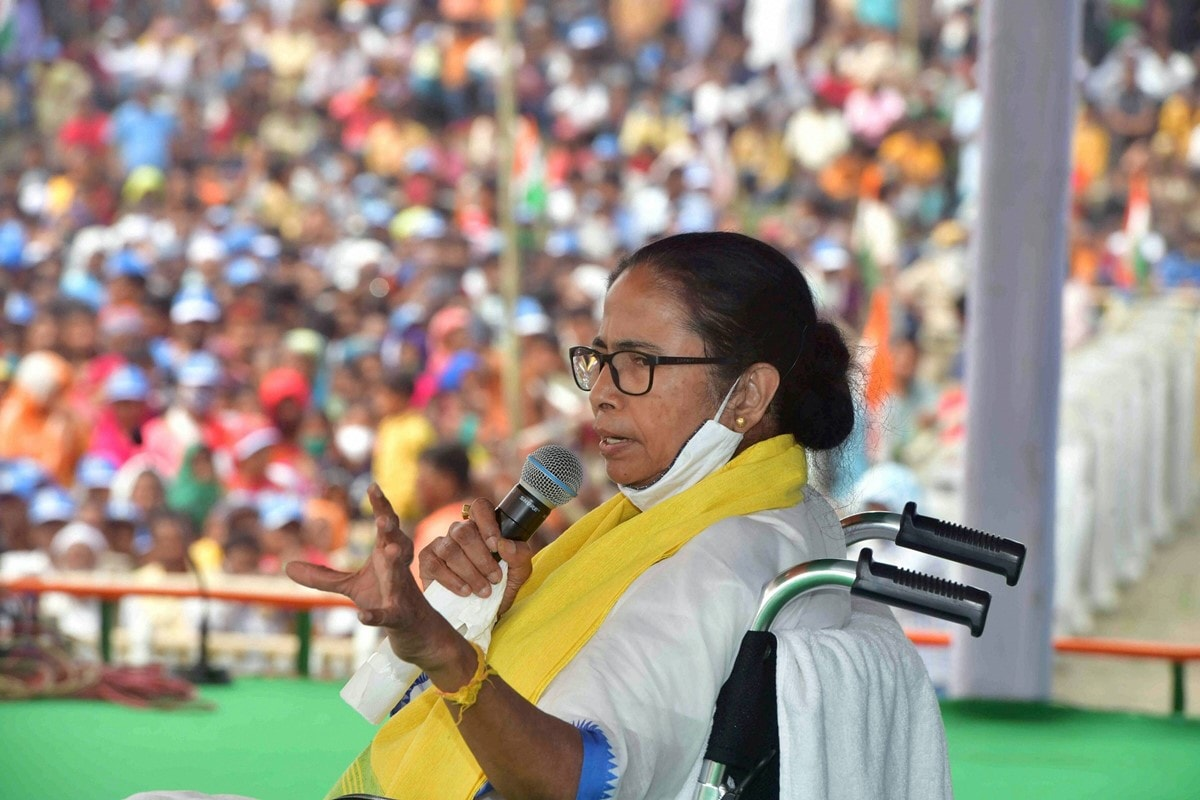 Close BJP-TMC Contest Likely, Some Give Advantage To Mamata