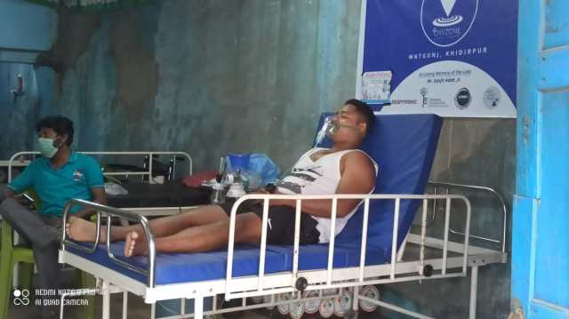 Pinak Sarkar, a resident of Behala, said that all the five Oxygen Centers continue to serve many patients.