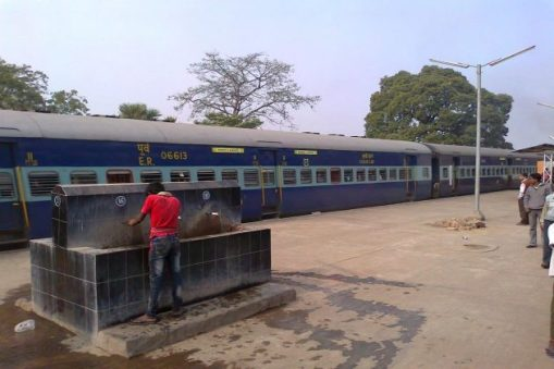 Covid victims are unknowingly getting up, many special trains canceled in Bengal!
