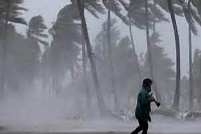 Besides, it will rain in Saurashtra and Kutch in Gujarat and southern parts of the state in the next two days  South Gujarat and Saurashtra areas, especially Jamnagar, Devbhoomi Dwarka, Amreli and Bhavnazar districts will receive heavy rains in the next two days.  Photo-File