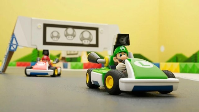 Mario Kart Live Home Circuit