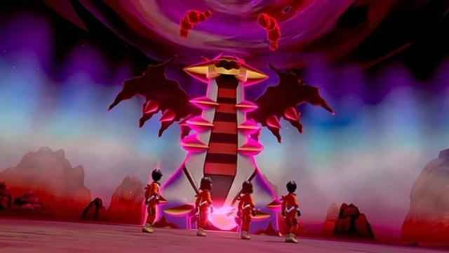 Pokemon Sword and Shield Crown Tundra Giratina
