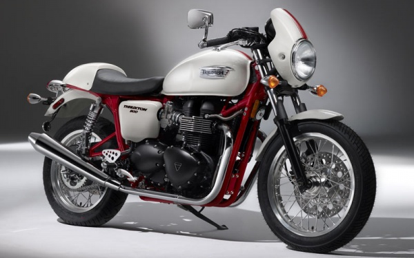 Triumph 2010 Thruxton Special Edition Triumph Introduces 2010 Thruxton Special Edition