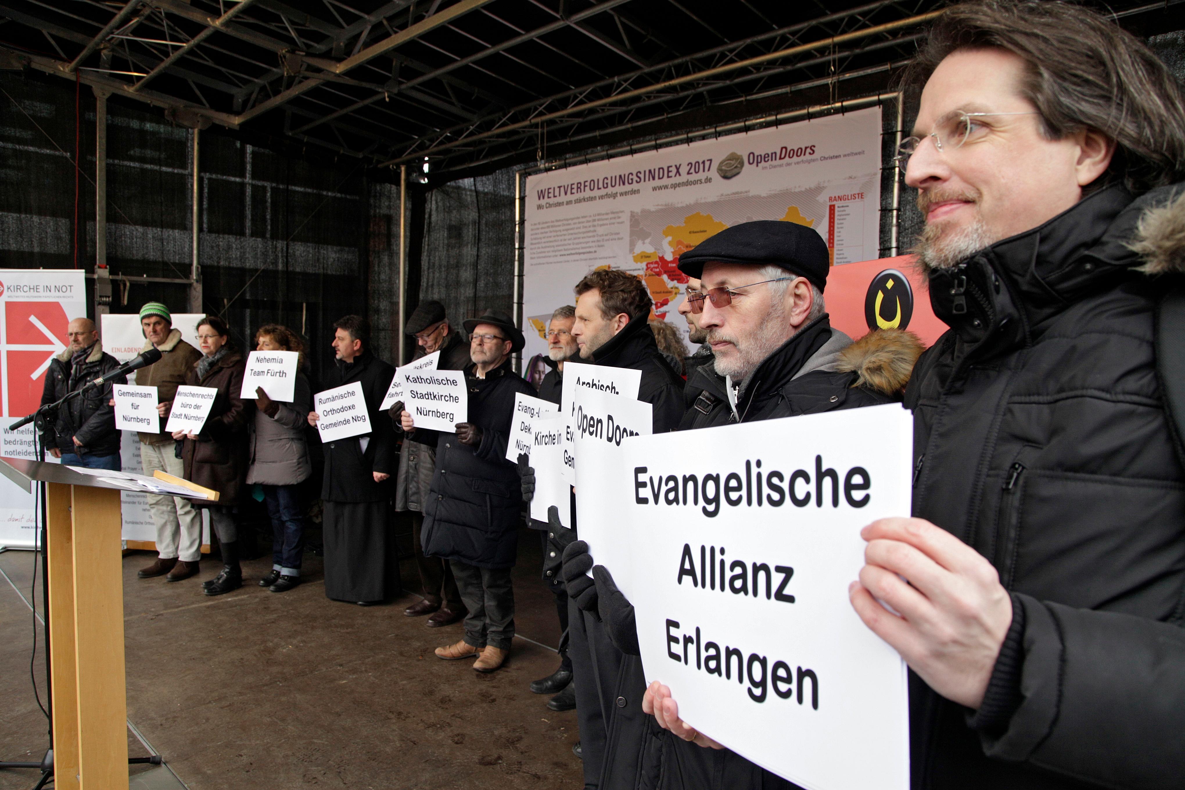 """Kundgebung für Religionsfreiheit: """"Verfolgte Christen brauchen Hilfe"""""""