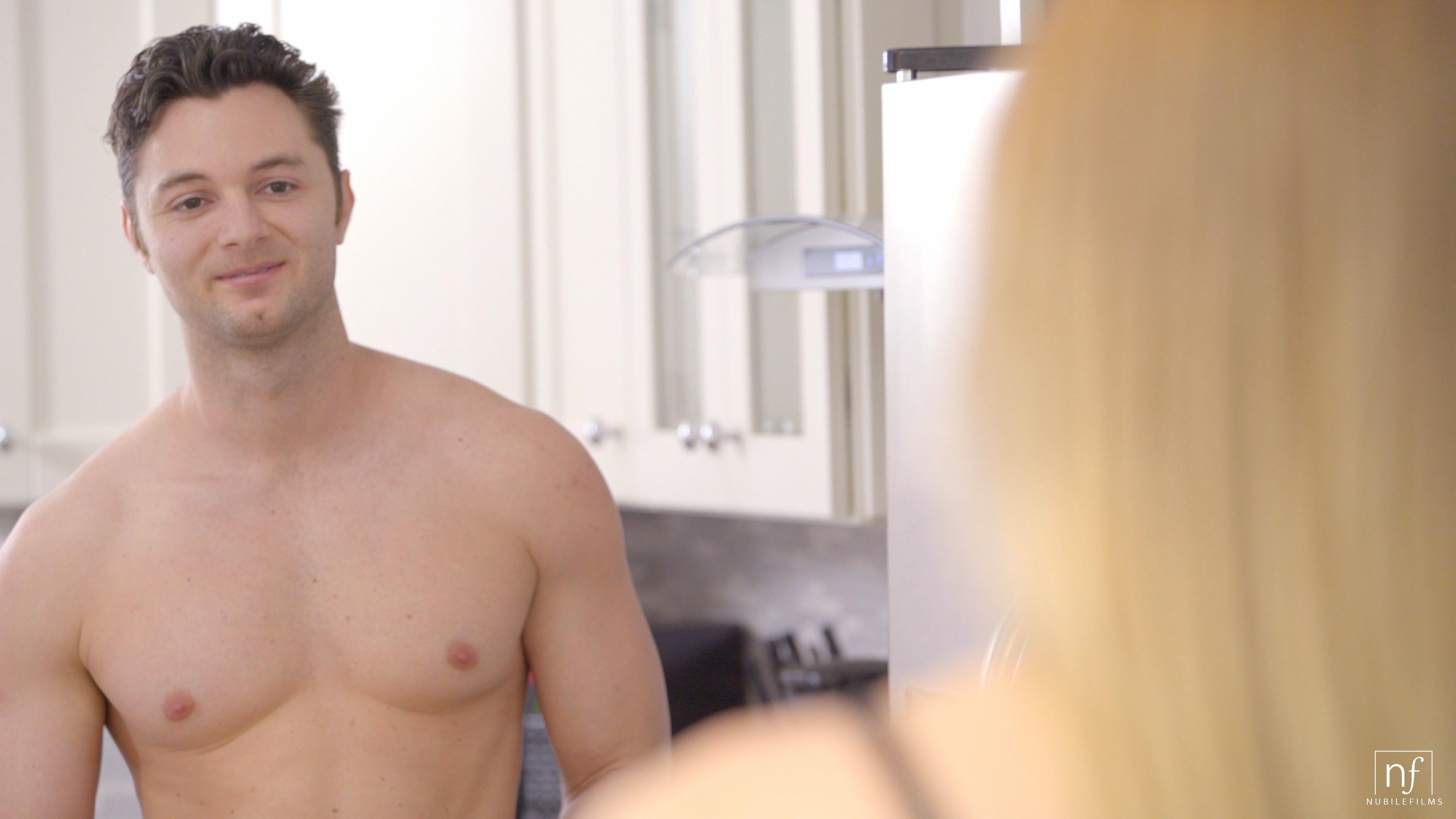 NubileFilms.com - Brad Sterling,Riley Reyes: Morning Desire - S31:E18