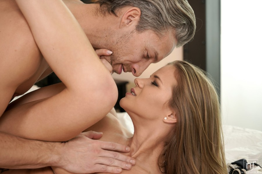 NubileFilms.com - Lutro,Sarah Kay: Sexual Energy - S28:E3