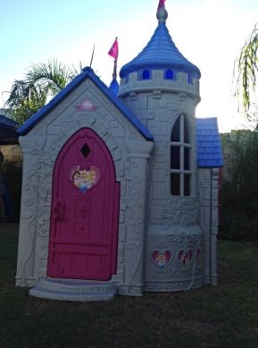 Disney Princess Outdoor Castle Playhouse Step 2   Outdoor Designs Disney Princess Wonderland Castle Playhouse Slide Playset For