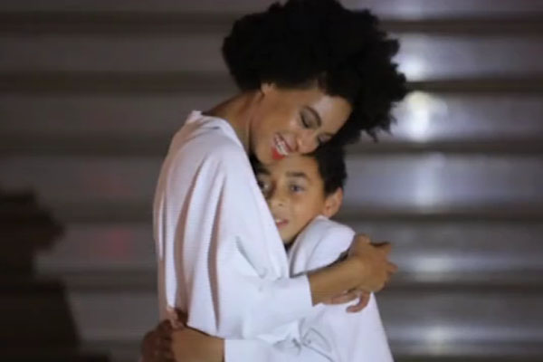 Solange and her son Julez break into a dance off at her wedding [Charlotte Hornsby]