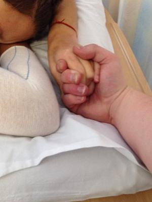 Sam held my hand [OK]