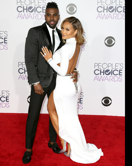 Jason Derulo and actress Daphne Joy make their red carpet debut together [Getty]