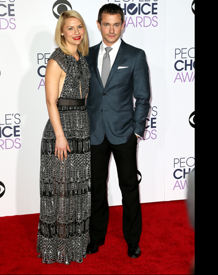 Claire Danes and Hugh Dancy pose for pictures together [Getty]