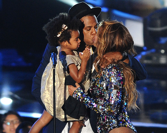 It was a family outing for the Carter family at the 2014 MTV VMA's [Getty]