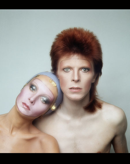 David Bowie with supermodel Twiggy [Getty]