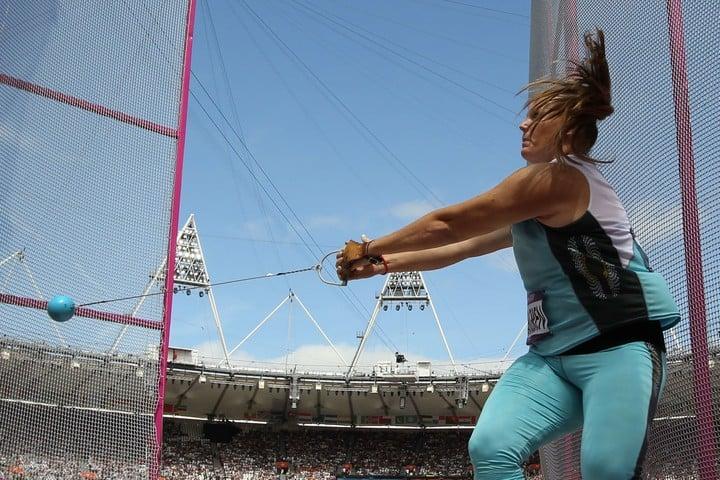 Dahlgren compitiendo con la celestre y blanca. En 2020 cumplirá 22 años representando a la Argentina. Foto AFP
