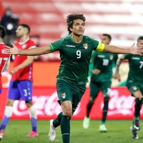 Bolivia amargó a Chile, que hizo todo para ganar...