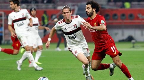 Felipe Luis pursues Muhammad Salah (Reuters)