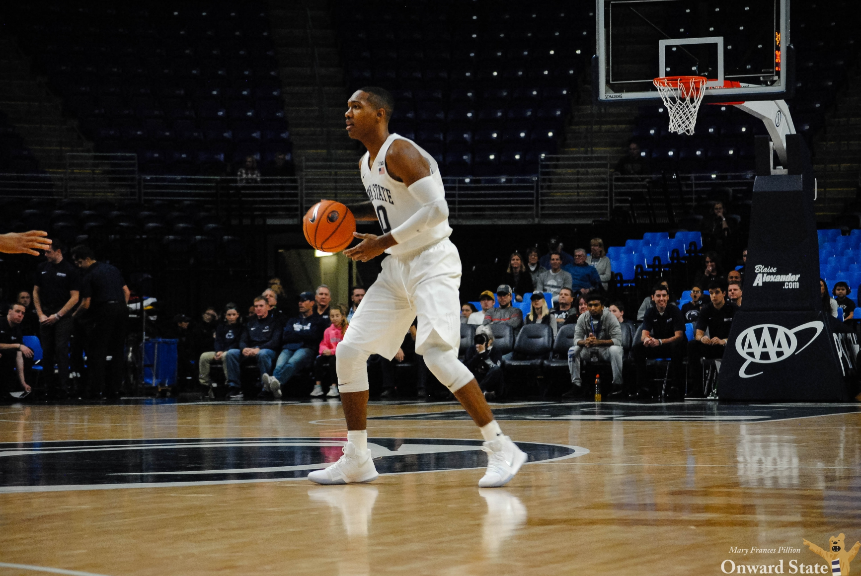 Men's Basketball Continues Perfect Start To Season With 85 ...