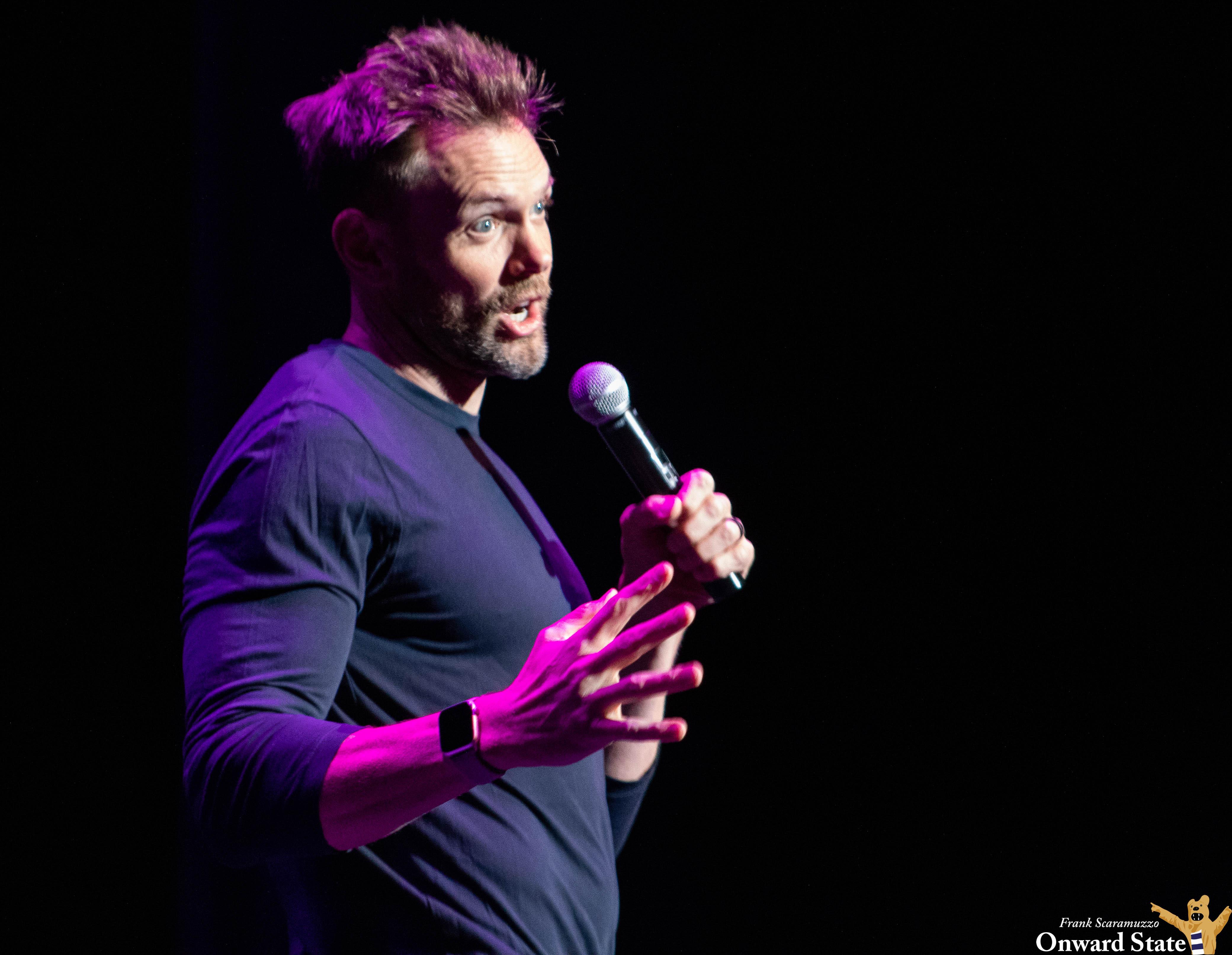 Joel McHale Roasts Idaho And Big Ten Mascots In SPA Comedy