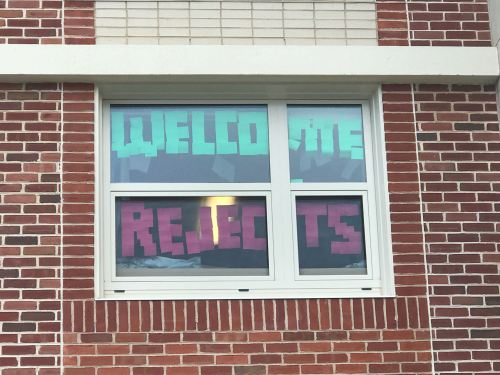 The Best Signs Of Penn State-Pitt Hate Week: East Halls Edition